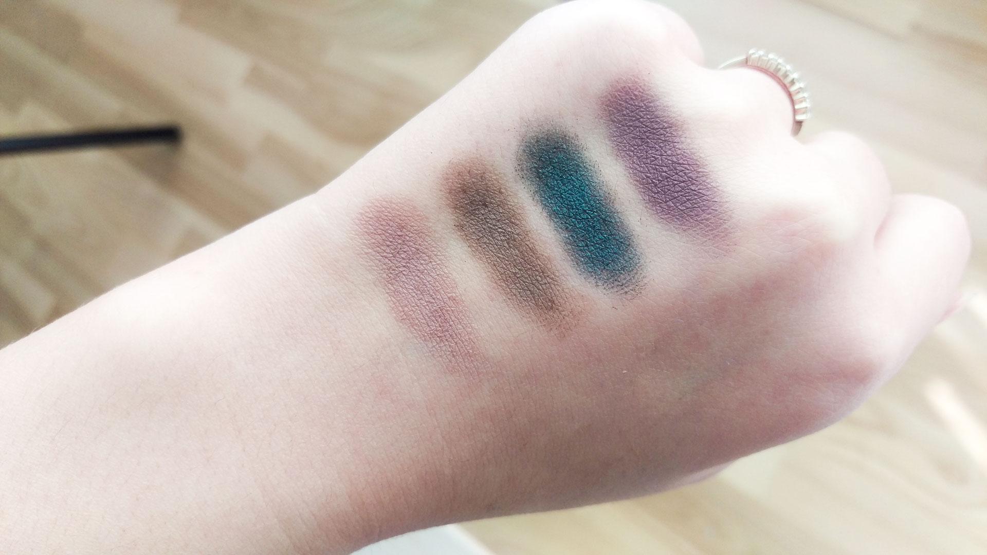 Makeup Revolution Single Eyeshadows Swatches darieflavour